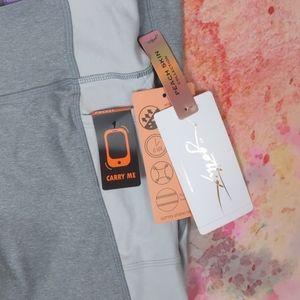 Gottex peach skin collection gray leggings…